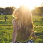 若い女性に多発!?20代でハゲが!? 若年性脱毛症とは?