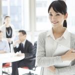 事務の転職は競争率高し!20代女性は資格で差をつけよう