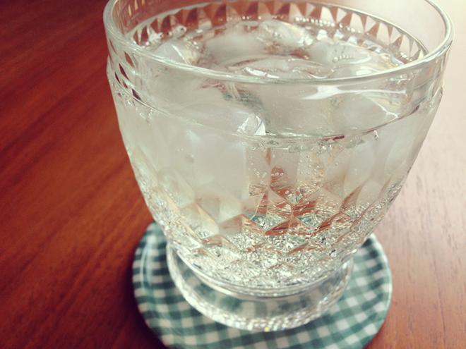 白ワイン+ソーダー「スプリッツァー」