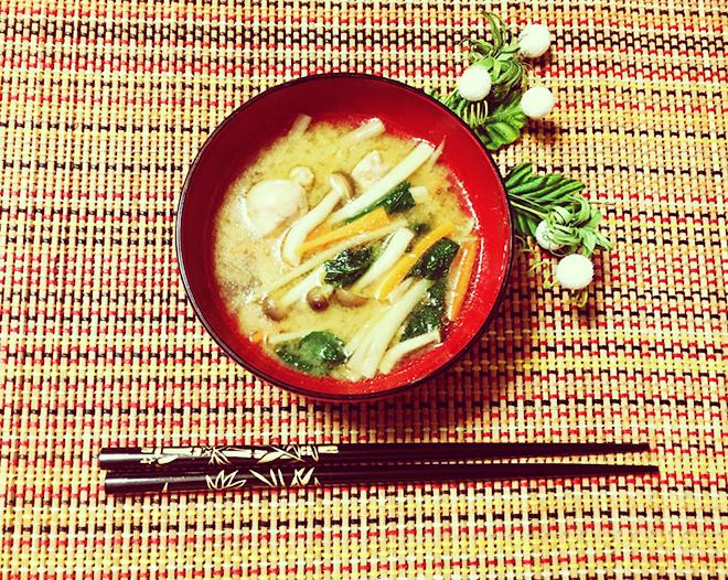 きのこバタースープ