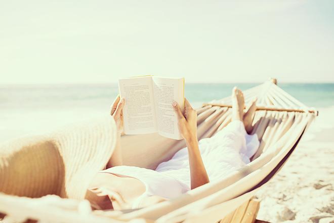 OLおすすめ夏の恋愛小説