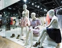 OL人気急上昇中!人気ファッションブランドTOP3