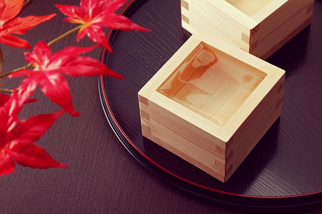 紅葉鑑賞と日本酒