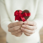義理チョコこそセンス重視で!バレンタインに贈りたいチョコとギフト10選