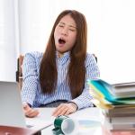 ランチ後は特に狙われる!仕事中のあなたを襲う睡魔対策4つ