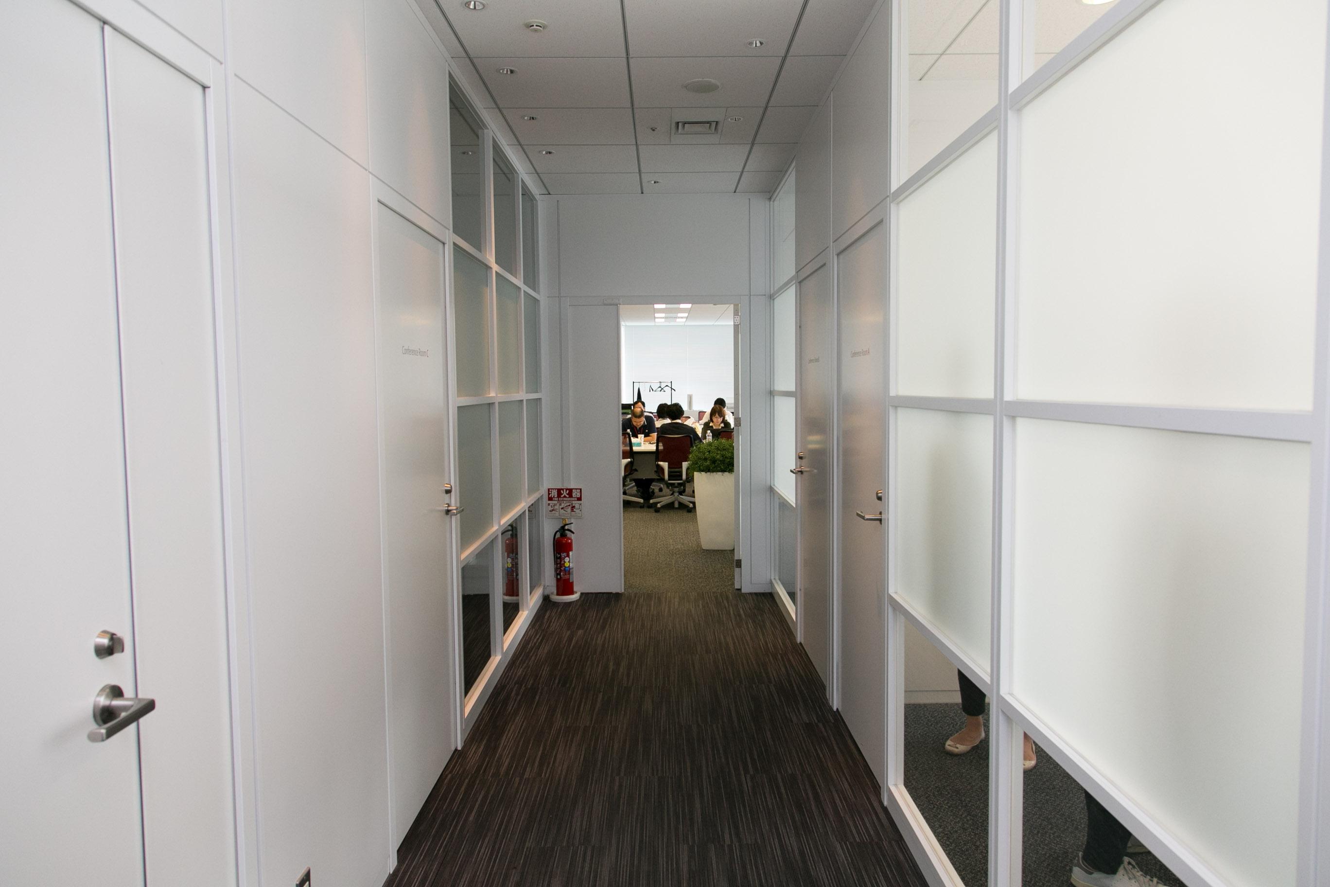 BFT社内の廊下
