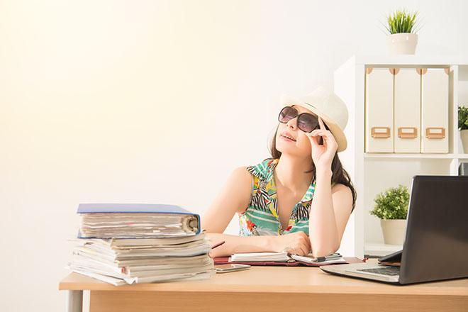 働き女子の夏のNGファッション