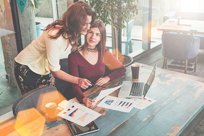 【働き女子必見】女社会が幅をきかせている職業top3