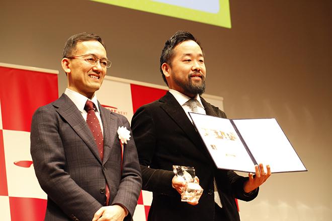 左:審査員の藤井氏 右:株式会社CRAZYのクリエイティブディレクター林氏