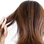 湿気が多い日は髪の毛が広がりボサボサに…原因、対策を徹底解説