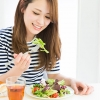 夏バテ防止はランチから!働き女子のお昼事情にメスを入れてみる。