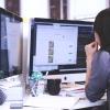 キャリアチェンジしたい女性は約8割以上!一番人気の職種は?
